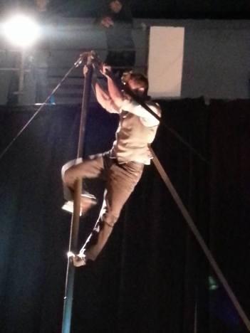 Andrea Caldato - palo cinese - -Impro'penDay - improvvisazioni performative artistiche - la fucina del circo