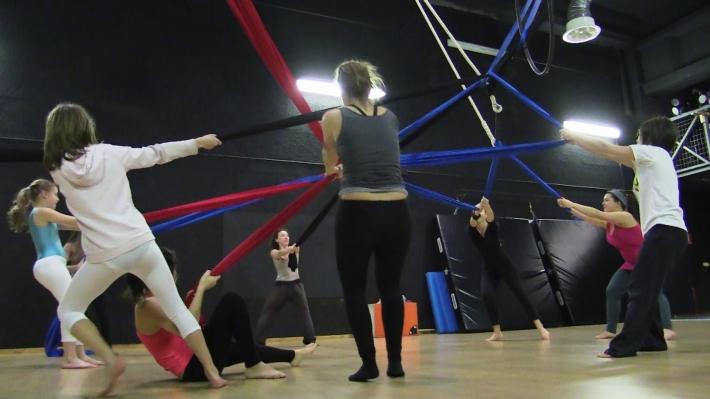 stage creazione circo teatro puzzle