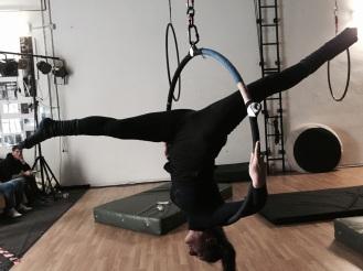 stage di cerchio aereo con lara d'amelia, la fucina del circo, torino, corsi di circo, acrobatica aerea (19)