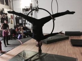 stage di cerchio aereo con lara d'amelia, la fucina del circo, torino, corsi di circo, acrobatica aerea (27)