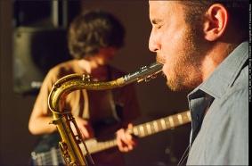 SITUAZIONI IMPROVVISATE LA FUCINA DEL CIRCO RASSEGNA PERFORMANCE MUSICA ARTE (8)