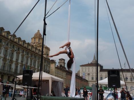 Beatrice Rosso, festa dello sport, la fucina del circo Torino tessuti aerei (1)