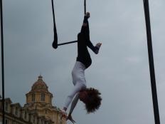 chiara ciriello, festa dello sport torino 2015 la fucina del circo performance al trapezio, trapezista (10)