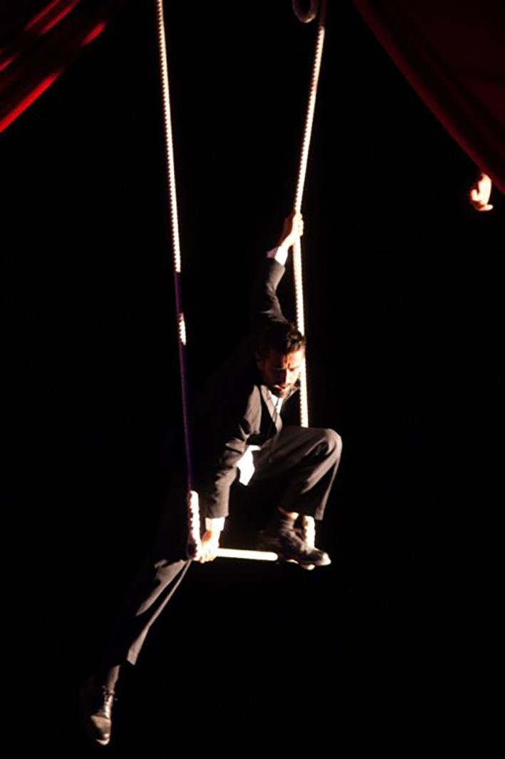 Anibal Virgilio stage di trapezio statico la fucina del circo