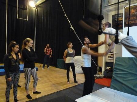 trapezio stage, La Fucina del Circo, Anibal Virgilio (5)