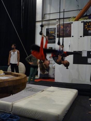 trapezio stage, La Fucina del Circo, Anibal Virgilio.