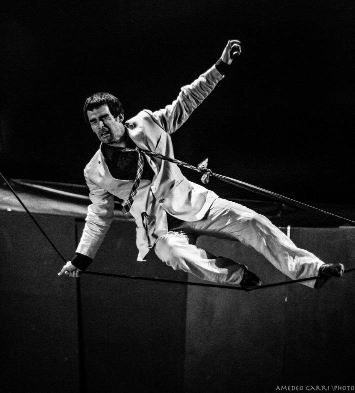Stage di equilibrismo su corda molle con Albert Martinez, La Fucina del Circo.jpg
