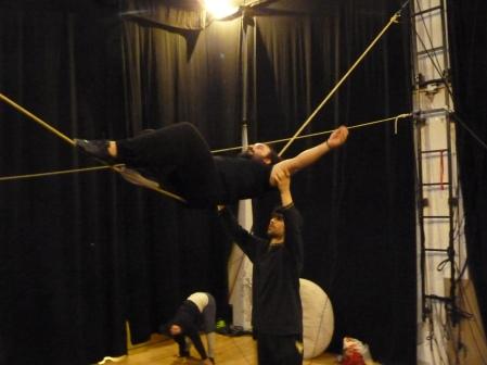 stage di corda molle, albert martinez, la fucina del circo, equilibrismo su corda (5)