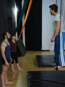 equilibrio trapezio, workshop, stage, la fucina del circo, torino, arti aeree, discipline aeree, tecnica al trapezio (16)__