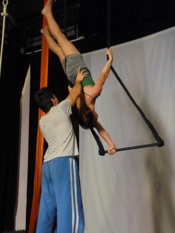 equilibrio trapezio, workshop, stage, la fucina del circo, torino, arti aeree, discipline aeree, tecnica al trapezio (17)__