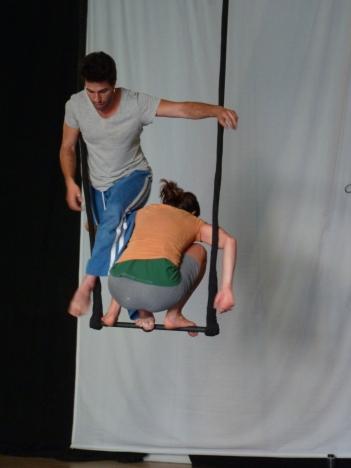 equilibrio trapezio, workshop, stage, la fucina del circo, torino, arti aeree, discipline aeree, tecnica al trapezio (6)_