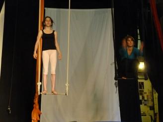 equilibrio trapezio, workshop, stage, la fucina del circo, torino, arti aeree, discipline aeree, tecnica al trapezio _ (1)