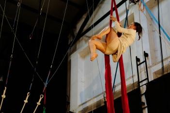 itaca andata e ritorno, fusion fest, la fucina del circo, tessuto, trapezio,corsi, torino (26) foto Fabio Gomena