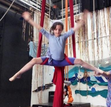 circo-ludico-bimbi-la-fucina-del-circo-fusion-fest-festa-di-fine-anno-torino-corsi-aerea-junior-acrobatica-6